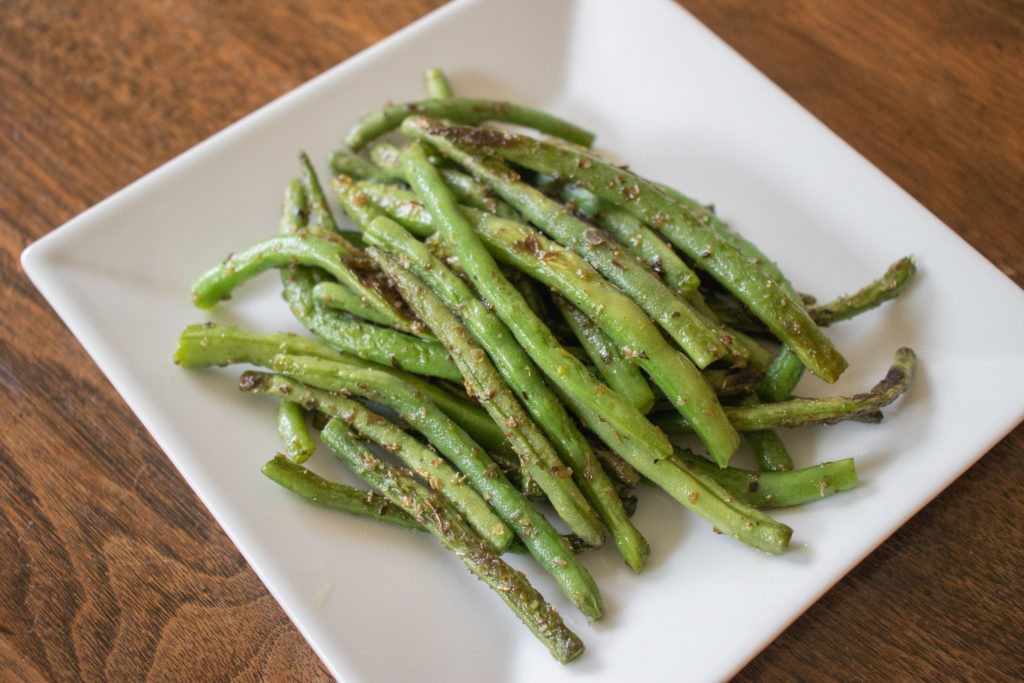 pan grilled green beans with marjoram